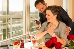 """Heiratsantrag im """"Das Schick"""" über den Dächern Wiens"""